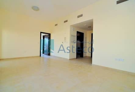 1 Bedroom Flat for Sale in Remraam, Dubai - Vacant! 1 BHK|Close Kitchen|Inner Circle