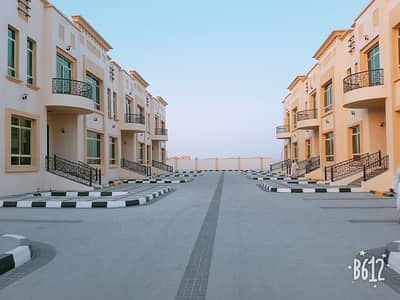 1 Bedroom Flat for Rent in Khalifa City A, Abu Dhabi - Affordable brand new 1 bedroom compound for rent in khalifa city a cols to etihad plaza privet gardn