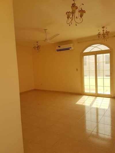 6 B/R hall villa in Rahmaniya Close to Emirates Road - Sharjah