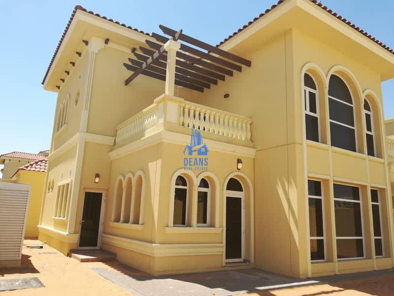 BRAND NEW DELUXE 4 BEDROOM VILLA IN BAWABAT AL SHARQ BANIYAS