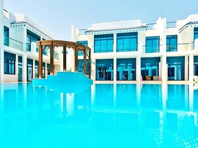 4 Bedroom Villa for Sale in Palm Jumeirah, Dubai - Vacant on transfer|| 4 Bed || Pool Side