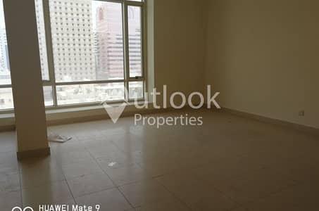 2 Bedroom Apartment for Rent in Hamdan Street, Abu Dhabi - WONDERFUL 2BHK APT +BALCONY in HAMDAN!!!