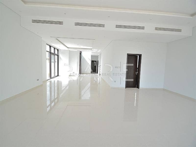 2 5 Bedroom +Driver +Maids room in Whitefield - Damac Hills