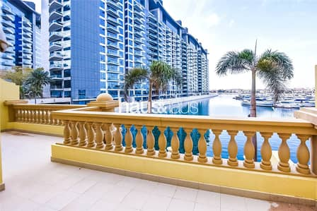2 Bedroom Townhouse for Rent in Palm Jumeirah, Dubai - 2BR Townhouse | Sea views from all rooms| View now
