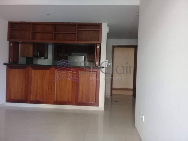 2 Good Deal! 1 BR In Arno | Internal Community View