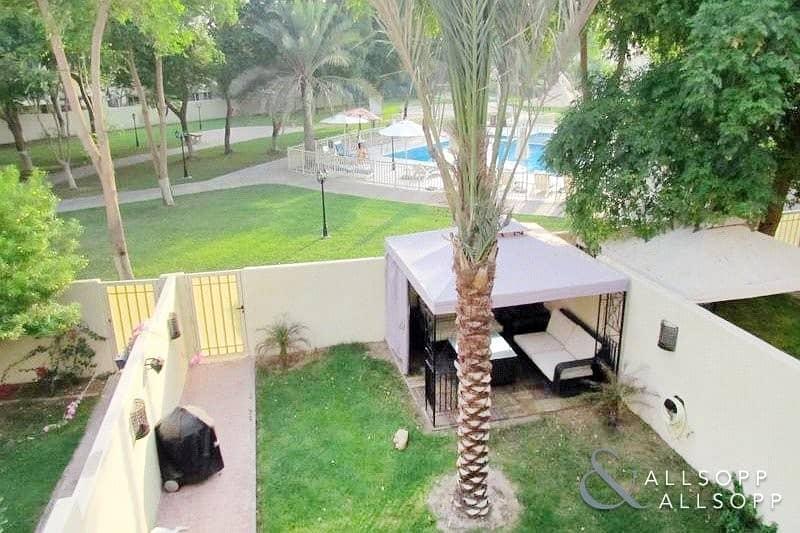 10 2 Bedroom l Backing the Pool & Park l 4M