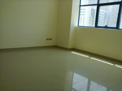 Studio for Rent in Al Nahda, Sharjah - DEAL OF THE DAY OPEN VIEW STUDIO BUIIT IN WARDROBES 19K 6 CHQS OR 17k 1 CHQ DONT MISS IT