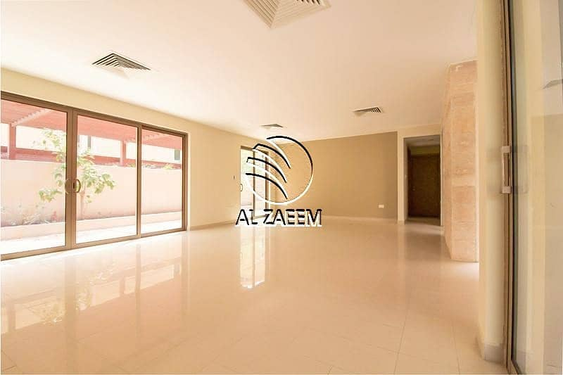 Low Price! Huge 4 Bedrooms Villa in Yasmin Community
