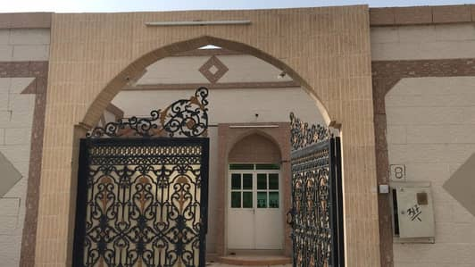 5 Bedroom Villa for Rent in Al Ghafia, Sharjah - A clean and cheap house in Sharjah