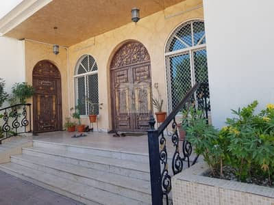 4 Bedroom Villa for Sale in Nad Al Hamar, Dubai - BEAUTIFUL Traditional 4BR single story house for sale in Nad Al Hamar