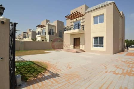 luxury 4 bedrooms with ALBARARI VIEW FULL PRIVACEY
