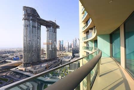 1 Bedroom Apartment for Sale in Downtown Dubai, Dubai - Sea View Mid Floor | Large 1BR in Vista 1