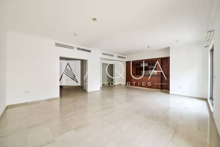 3 Bedroom Villa for Rent in Downtown Dubai, Dubai - Bright and Spacious | Luxury 3 BR villa