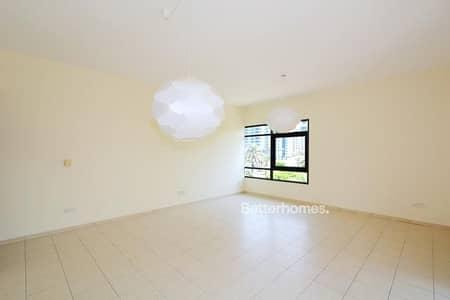 شقة 2 غرفة نوم للبيع في الروضة، دبي - Al Jaz 3   2 BR   Rented   Partial Pool.