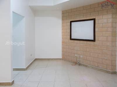 فلیٹ 1 غرفة نوم للايجار في هضبة الزعفرانة، أبوظبي - Spacious 1 BHK  No commission