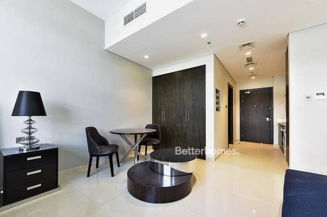 2 Amazing Spacious Apartment in Golf Terrace Akoya