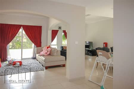 5 Bedroom Villa for Rent in The Meadows, Dubai - Type 7 - Lake view - Meadows 4 - Available Now