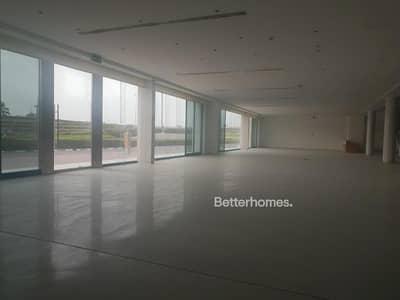 Showroom for Rent in Nad Al Hamar, Dubai - Showroom | Ras Al Khor | Attractive Location