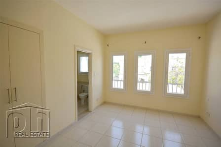 2 Bedroom Villa for Sale in The Springs, Dubai - 4M | Great Location | Immaculate Condition