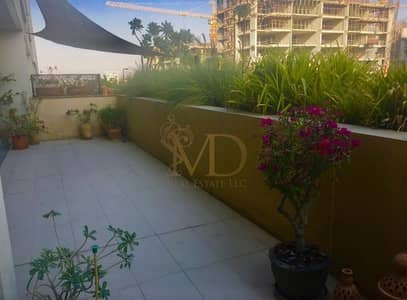 2 Bedroom Flat for Rent in Al Raha Beach, Abu Dhabi - No Commission ! The Hot Deal you Can Have!