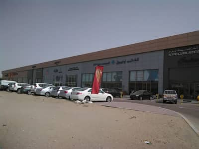 Showroom for Rent in Mussafah, Abu Dhabi - Win the race for space , the biggest and best showroom at M4, Mussafah !