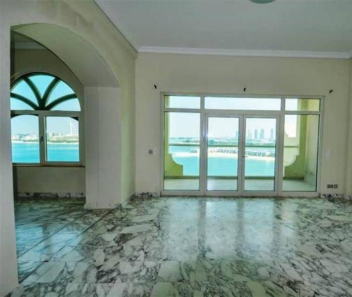 2 4BR Penthouse - Sea View - Chiller Free