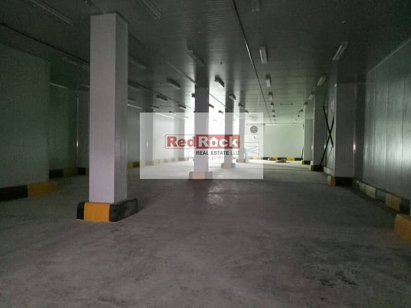 8 335 Sqft with Modern Facilities in DIC