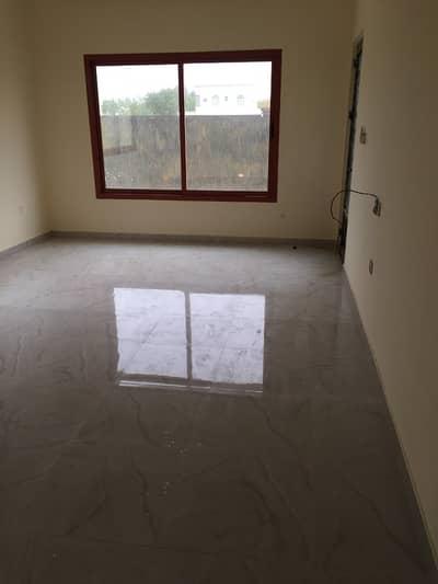 5 Bedroom Villa for Rent in Al Mowaihat, Ajman - Commercial villa for rent in Ajman Mowihat near Souq Al Mubarak