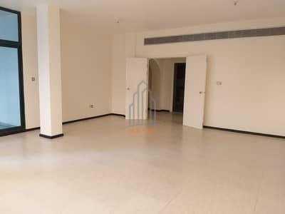 فلیٹ 3 غرفة نوم للايجار في منطقة الكورنيش، أبوظبي - شقة في منطقة الكورنيش 3 غرف 90000 درهم - 3906577