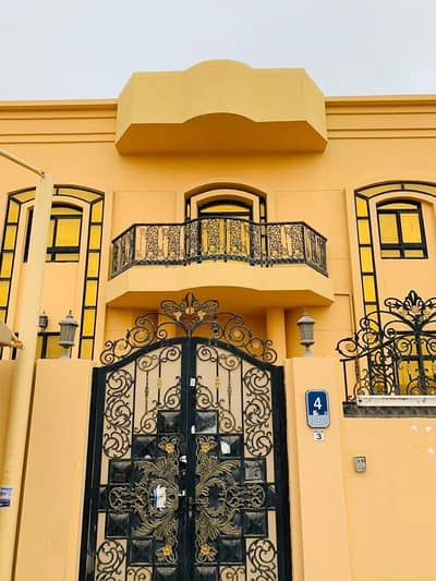 6 Bedroom Villa for Rent in Khalifa City A, Abu Dhabi - New brand neat & clean 6 BHK in Khalifa city A. It's located near to safeer hypermarket and just to travel Airport it takes about 15 minutes only.