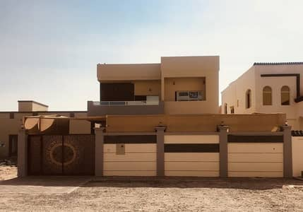 5 Bedroom Villa for Sale in Al Zahraa, Ajman - Villa for sale close neighbor street at a very attractive price