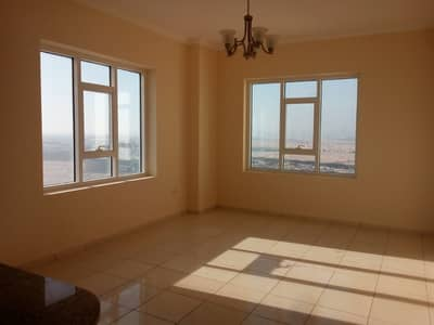 3 Bedroom Flat for Rent in Dubailand, Dubai - 3 Bedroom Apartment in Al Rabia Tower only 88K