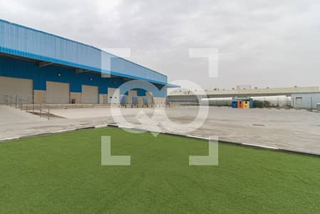 Warehouse for Rent in Jebel Ali, Dubai - Excellent Condition 600Kw Power warehouse for Rent in JAFZA