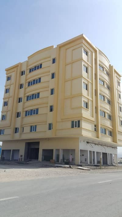32 Bedroom Building for Sale in Al Juwais, Ras Al Khaimah - Are looking for long-term investment - here we have a new building for sale - ask for more info