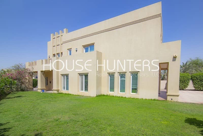 New on the market| Stunning villa| Great location|