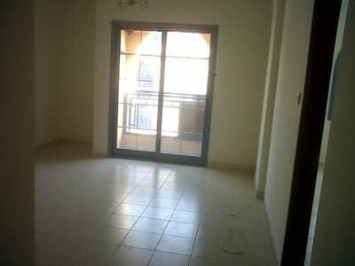 فلیٹ 1 غرفة نوم للبيع في المدينة العالمية، دبي - مع شرفة غرفة نوم واحدة شقة للبيع في بلاد فارس
