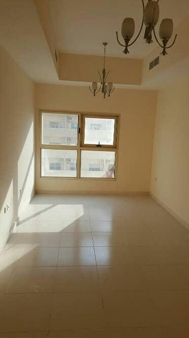شقة 2 غرفة نوم للبيع في مدينة الإمارات، عجمان - شقة في برج الزنبق مدينة الإمارات 2 غرف 300000 درهم - 3874306
