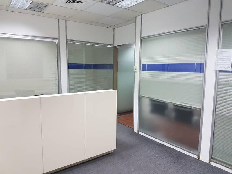 مکتب في مبنى مشاريع الإمارات منطقة شارع المطار القرهود 80040 درهم - 3971691