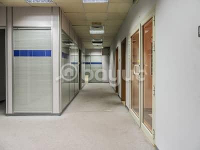 مکتب في مبنى مشاريع الإمارات منطقة شارع المطار القرهود 103000 درهم - 3767635