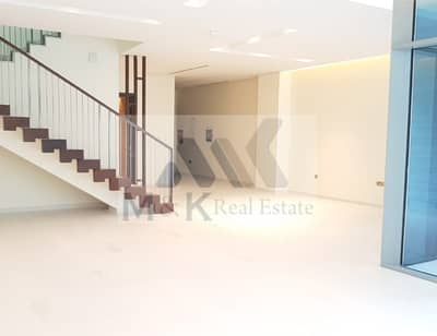 Contemporary 4 bed maid's villa with private pool