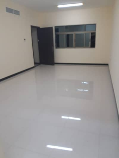 3 Bedroom Flat for Rent in Khalifa City A, Abu Dhabi - Spacious flat 3 bedroom  hall for rent in khalifa city (A) good location(