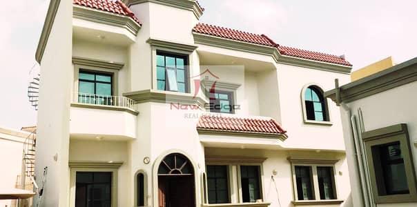 فيلا تجارية 5 غرفة نوم للايجار في مدينة خليفة A، أبوظبي - MAIN ROAD COMMERCIAL VILLA KHALIFA CITYA