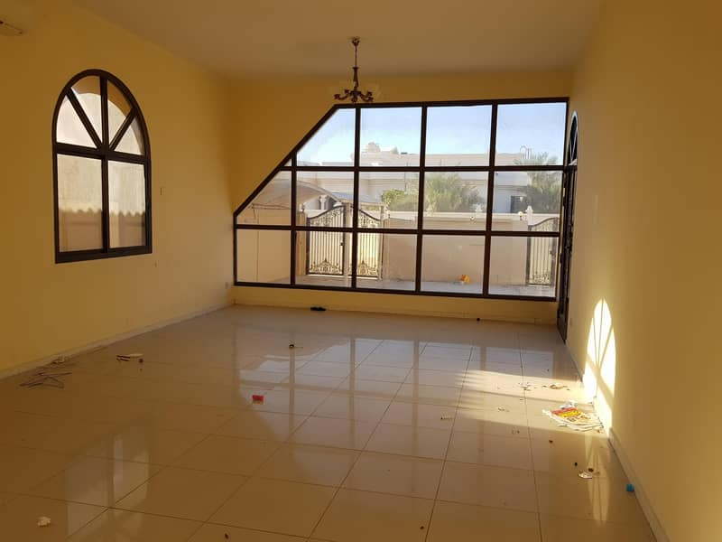2 ***** Super Huge 3Bhk Single Storey Villa Available in Al Mirgab Area in Low Rents *****