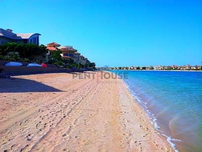 Seafront Garden home villa with beach access