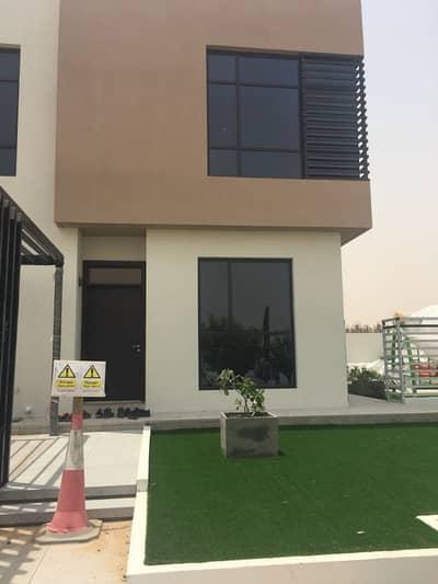 3 Bedroom Villa for Sale in Al Suyoh, Sharjah - Take The advantage and Own Corner villa in Sharjah, zero service charge
