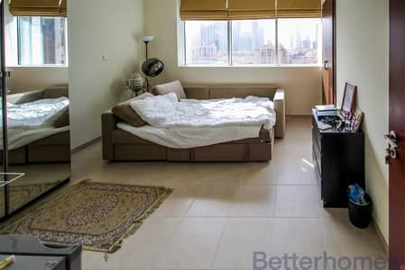2 Bedroom Apartment for Rent in Downtown Dubai, Dubai - Close to All Amenities