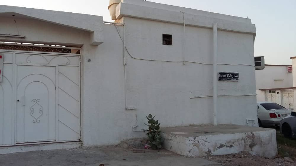 SPACIOUS 3 BEDROOM HALL VILLA FOR RENT IN AL GHAFIA ARE