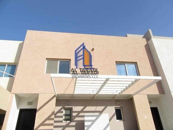 Single Row 2 Bedroom villa Arabian village Available for Rent