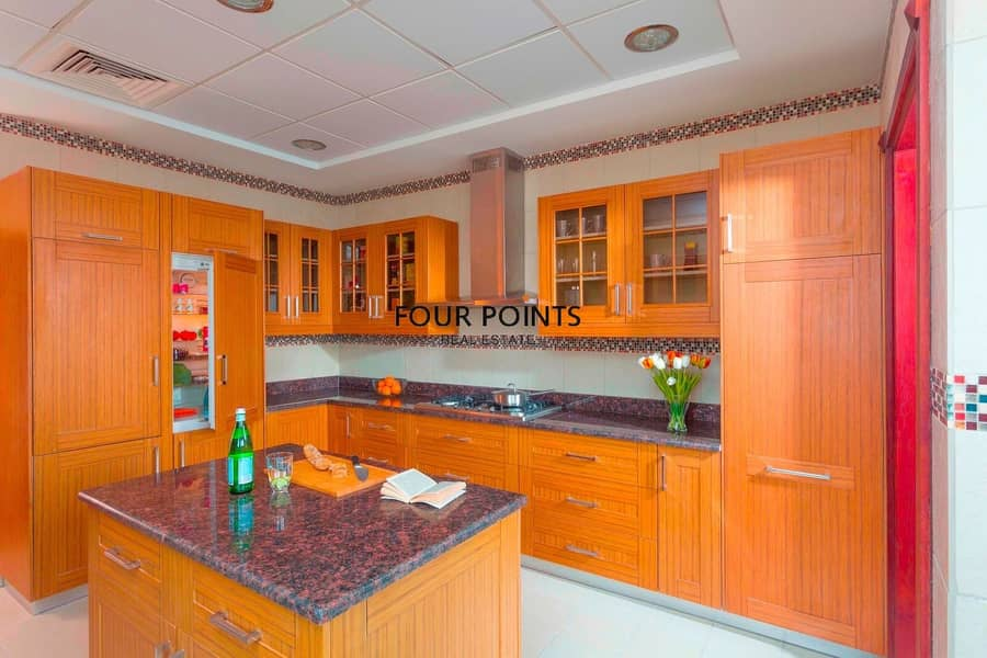 21 Highly Upgraded Furnished 4BR+Maids Room  Independent Villa in Orang Lake