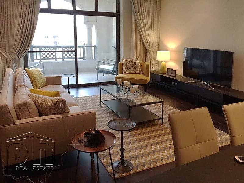 New To Market - Luxurious furnished 1 bed